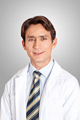 Oral and Maxillofacial Surgeon - Dr. Gustavo Vargas